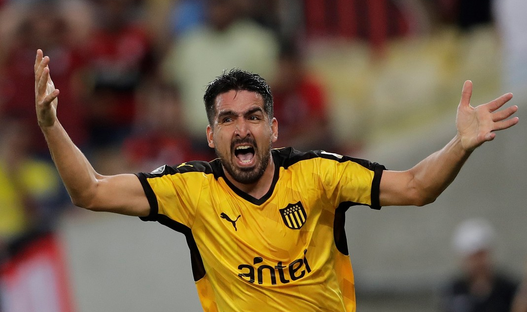 Colón: ¿Lucas Viatri vuelve a Peñarol de Montevideo?