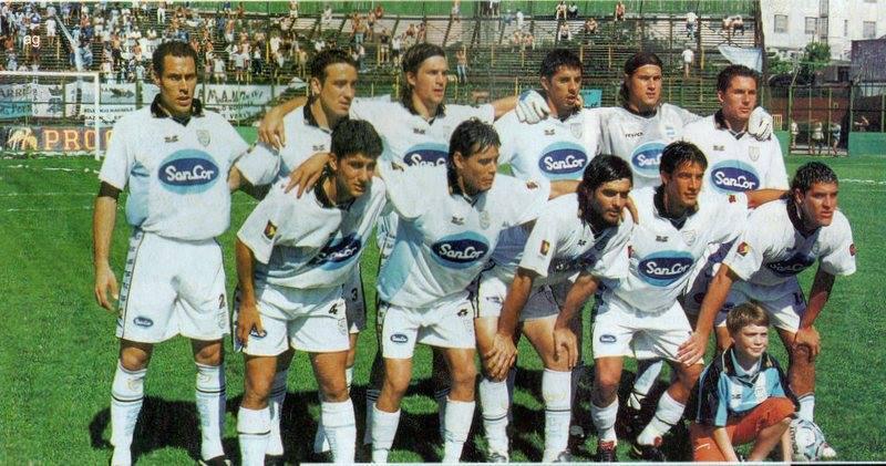 atletico rafaela 2003 Bovaglio, Ruíz Díaz, Celaya, Barrientos, Medrán y Zanabria. Araujo, Juarez, Forestello, Garcia, Gandin